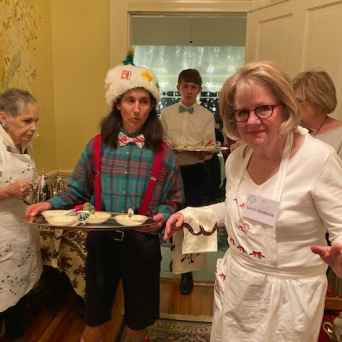 Holiday Elf and volunteers